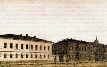 Духовное училище. Одно из первых каменных зданий Рязани постройки конца XVIII века. Перестраивалось в середине XIX века. Сейчас—гимназия №2.