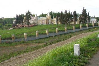 Современный вид дворца барона Сергея Павловича фон-Дервиза.   2008 г.