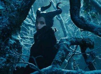 На момент съёмок в «Малефисенте» Анджелине Джоли было 38 лет, её прототипу из сказки Шарля Перро – минимум вдвое больше.