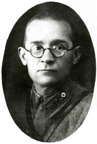 Командир Рязанского добровольческого рабочего полка И. Н. Ромадин. Фотография начала войны.