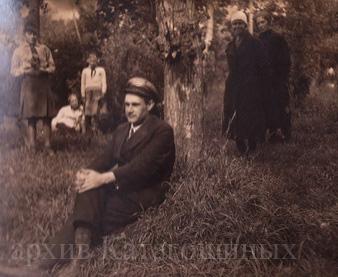 Б. И. Катагощин в годы работы в Михайловском детском доме начало 30-х годов